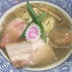 中華そば いづる - 味玉煮干しそば(850円)