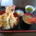 海老屋 - 伊勢海老天丼(伊勢海老の味噌汁付き)