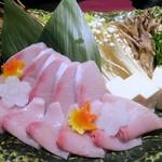 個室居酒屋×産直鮮魚 みくり - 旨出汁のブリしゃぶ鍋¥990(1人前)