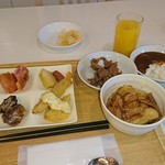 カルドキッチン - 料理写真:朝食バイキング1,300円✨ご飯は豚丼、ホテルカレー