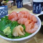 82997601 - 甘えび丼 2400円(2018年3月)