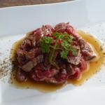 83000555 - 熟成肉のタタキユッケ(950円)柔らかくてソースも美味しい!
