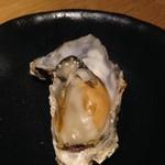 牡蠣とワインの店 アサドール・デル・マール - 蒸し牡蠣も絶品☆