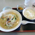 中華料理 東東 - 料理写真:タンメンセット