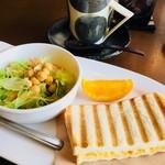 茶楽家 われもこう - 料理写真:コーヒー(コイメ)¥430(税込) モーニング(ホットサンドたまご)