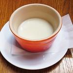 83012211 - スープ