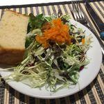 ブリアンツァ6.1 - サラダ
