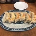 中華料理 新三陽 - 餃子