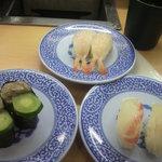 無添くら寿司 - 寿司③ (2011.06.18)