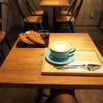 スリーピークスカフェ -