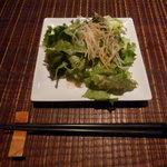 ビストロ ビンゴ - 海鮮丼のサラダ