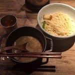 和醸良麺 すがり - もつつけ麺 ¥900-(ゆず麺、1.5玉)