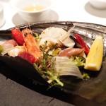 クッチーナ イタリアーナ ガッルーラ - ☆魚貝サラダ