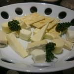 さけやしろ - チーズ盛合せ