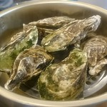 すわやま酒場 - 宮城県産牡蠣カンカン焼き