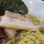 喜喜屋 - 厚い煮豚