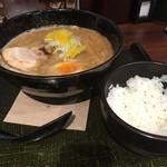 麺匠 竹虎 - 柚子魚介豚骨ラーメンと白めし