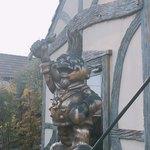 83052691 - シェフの銅像2があらわれた!