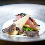 エクアトゥール - 料理写真:軽く炙ったのどぐろ、 筍、 ヴィネグレットソース 黒トリュフ