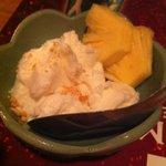 用賀タイ食堂 - ココナッツのアイスクリーム