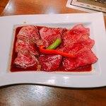 83067063 - 神戸牛赤身肉の3種盛りセット 2680円