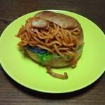 コシニール - 洋食屋さんのナポリタンバーガー 280円