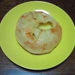 ペルタ・レクラン - チーズフランス 200円(税別)