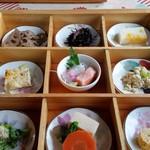 茶花 - 料理写真:小皿料理(9種)