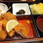 Tonkatsutowashokunobutake -  MIXカツ御膳・1300円。