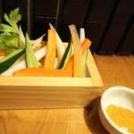 河岸 番外地 - 箱盛り野菜スティック