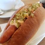 ココネカフェ - パリッと美味しいホットドッグ