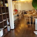 ココネカフェ - ゆったりとした朝には最適な空間