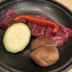 銀波 - 群馬県産上州牛リブロース肉の陶板焼き 調理前