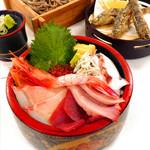 海鮮茶屋 濱膳 - よくばり海鮮丼