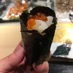 第三春美鮨 - イクラ巻き