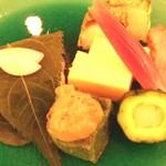 大阪新阪急ホテル - 焼き八寸で甘鯛若狭焼き、小袖寿司など