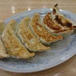 ぎょうざの満洲 - 料理写真:○餃子220円