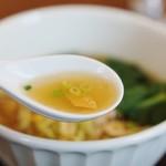 原宿はしづめ - 澄んだスープ