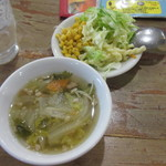 83112243 - サラダとスープ どちらも優しいお味