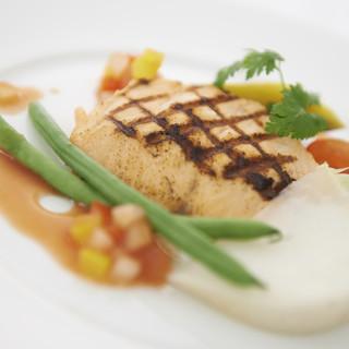 国産牛・鮮魚・銘柄鶏…厳選食材の贅沢【グリル&ステーキ】