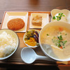 豆藤・加藤本店 - 料理写真:豆汁定食500円。 豆汁(大)・白ご飯・厚揚げ(小)の内容です。 これにオプションで、冷奴100円とおからコロッケ80円を付けました。