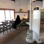 豆藤・加藤本店 - 2階のお食事処。