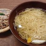 83121162 - 澄まし麺と釜あげ豚