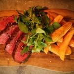 アルルの食堂 urura - 和牛を中心に牛ステーキも定番です!フレンチフライもこだわりの揚げ方で仕上げます。