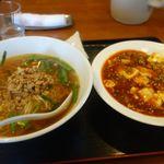 香蘭楼 - 飯と麺のセット