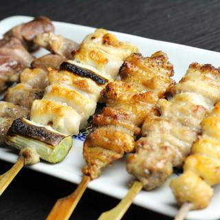 【旨味絶佳】鮮度・肉質・火入れにこだわる熟練技の焼鳥!