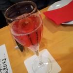 イタリア料理 B-gill - 泡飲み比べ赤