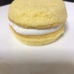 83141964 - IIMURA特製サンドケーキ こっこ ¥285-(税抜)