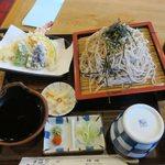インター伊吹 - 料理写真:上天ざる大盛り(¥1.230)