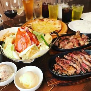 ステーキもビールも!90分間食べ放題&飲み放題3500円!